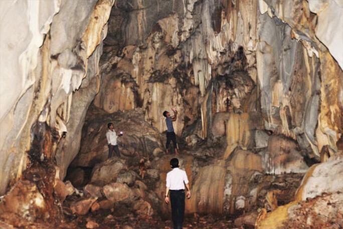 Băng rừng khám phá hang Dơi, động Nước - Ảnh 1.