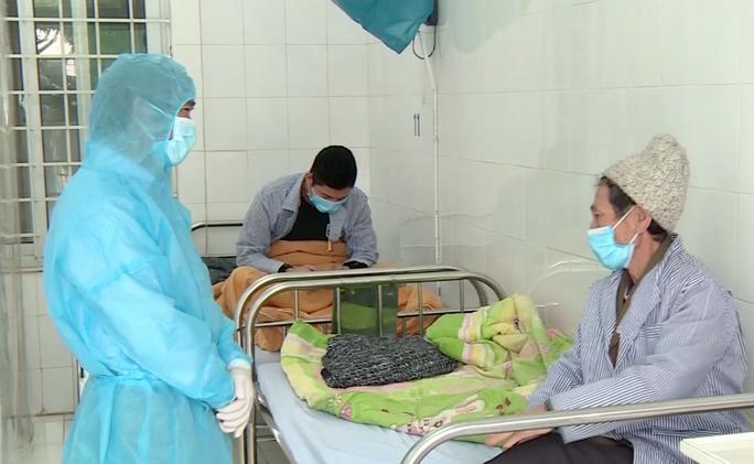 Ca nhiễm Covid-19 cuối cùng của Việt Nam đã 2 lần xét nghiệm âm tính - Ảnh 1.