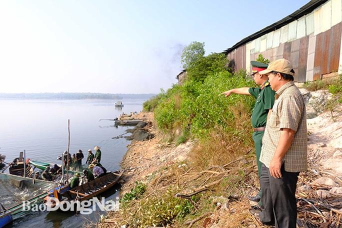Đồng Nai: Nhiều người vây luồng cá nặng hàng tấn ở hồ sông Mây - Ảnh 3.