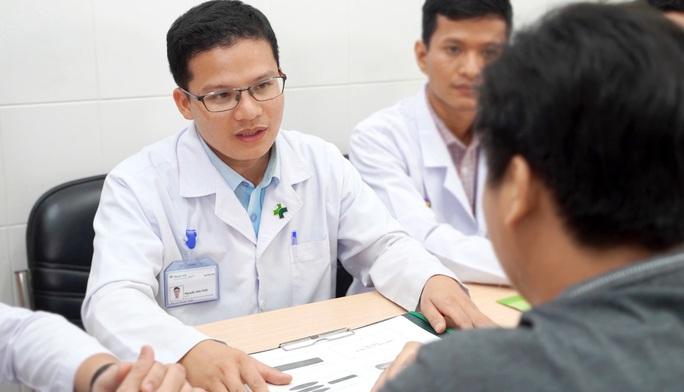 Bệnh viện Hoàn Mỹ Cửu Long áp dụng kỹ thuật mới trong điều trị mạch vành - Ảnh 1.