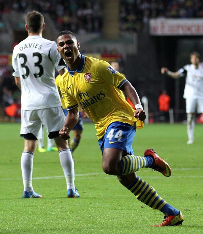 Serge Gnabry: Hàng thải Arsenal, hung thần Champions League - Ảnh 4.