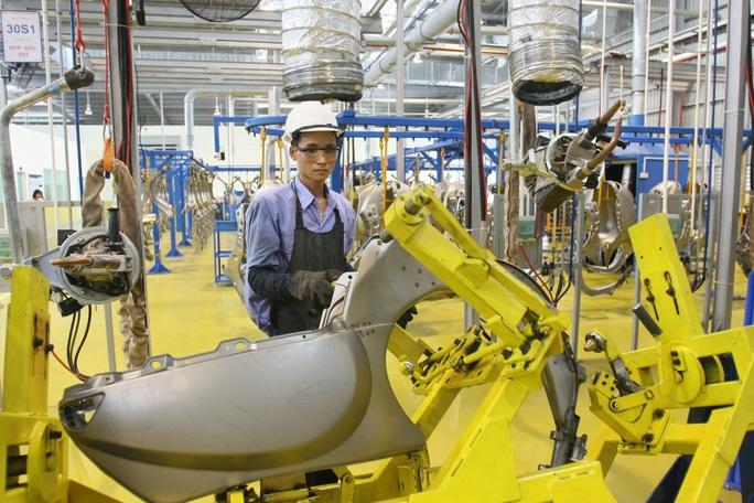 Dịch Covid-19 khiến GDP quý I/2020 chỉ tăng 3,82% - Ảnh 1.