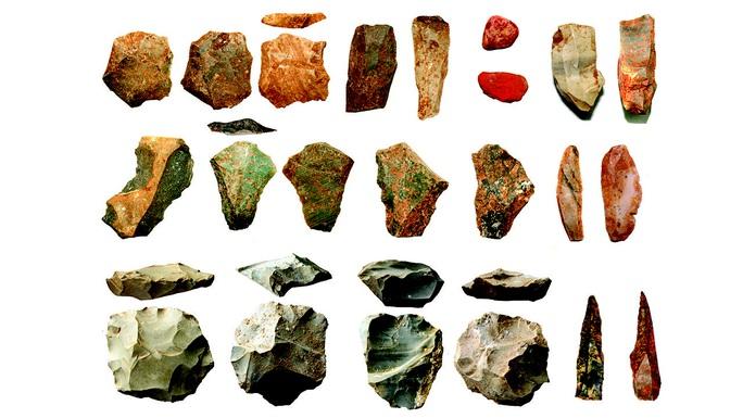 Phát hiện dấu vết loài người khác sống giữa mùa đông núi lửa - Ảnh 1.