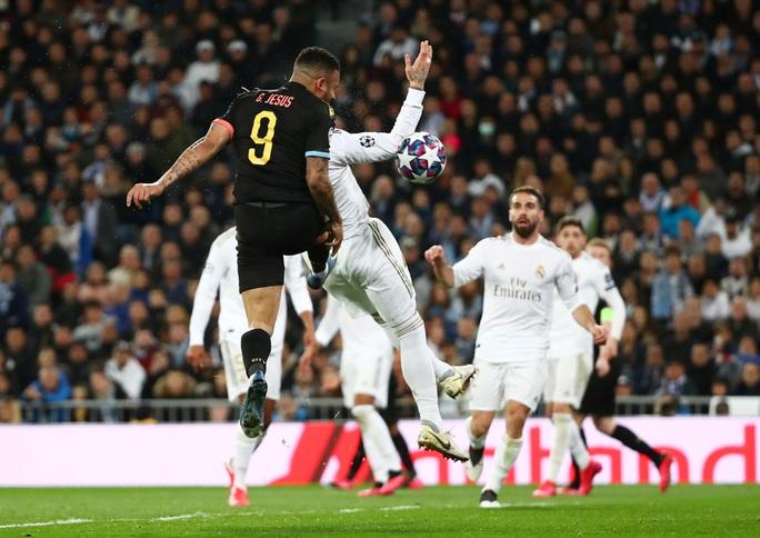 Man City ngược dòng, Real Madrid gục ngã khó tin ở Bernabeu - Ảnh 5.