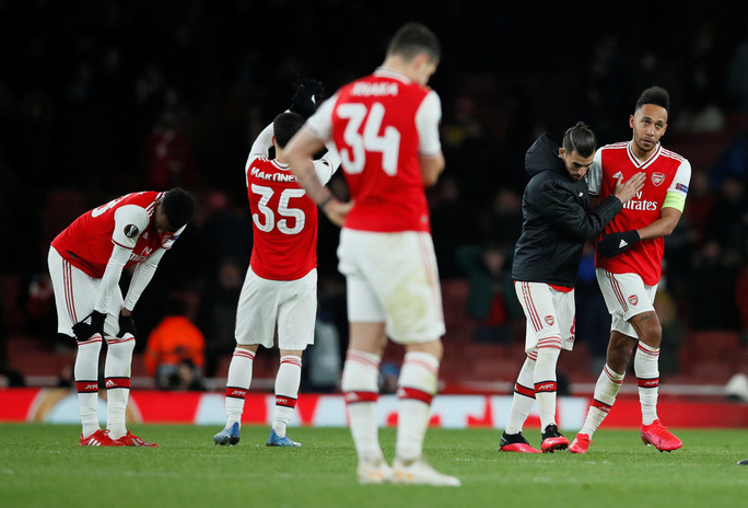 Đương kim á quân Arsenal bị loại sốc vòng knock-out Europa League - Ảnh 9.
