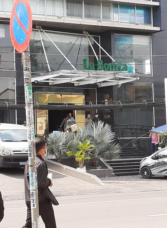 Công an TP HCM bắt cựu lãnh đạo Công ty Bất Động sản Nam Thị - Ảnh 1.