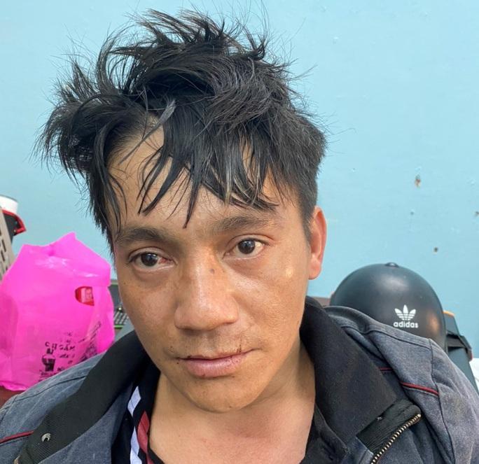 Đà Nẵng: Bắt đối tượng thực hiện 29 vụ cướp giật dây chuyền trên đường phố - Ảnh 1.