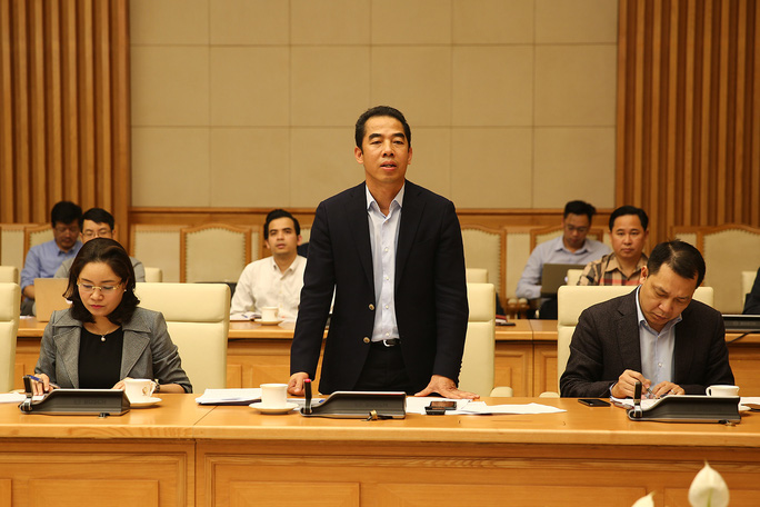 Từ ngày mai tạm ngừng miễn thị thực đối với công dân Hàn Quốc - Ảnh 1.