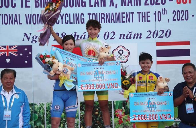 Nguyễn Thị Thật giành cú đúp ngay ngày khai mạc giải xe đạp Biwase 2020 - Ảnh 2.