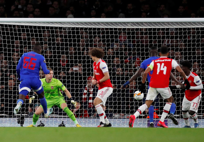 Đương kim á quân Arsenal bị loại sốc vòng knock-out Europa League - Ảnh 3.