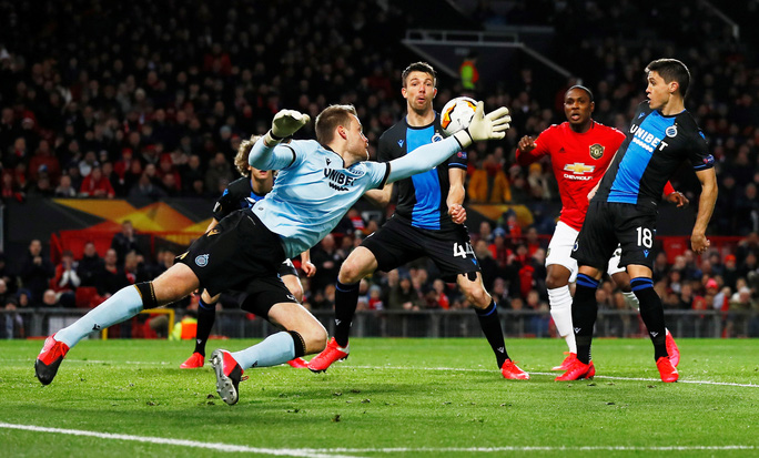 Tân binh lập công, Man United đại thắng Europa League - Ảnh 1.
