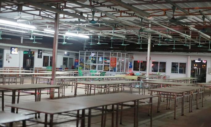 Nhiều quán bia lớn ở Hà Nội đóng cửa vì cú đúp tác động từ dịch Covid-19 và Nghị định 100 - Ảnh 5.