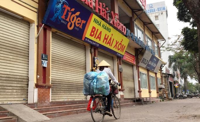 Nhiều quán bia lớn ở Hà Nội đóng cửa vì cú đúp tác động từ dịch Covid-19 và Nghị định 100 - Ảnh 7.