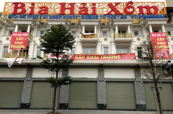 Nhiều quán bia lớn ở Hà Nội đóng cửa vì cú đúp tác động từ dịch Covid-19 và Nghị định 100 - Ảnh 10.