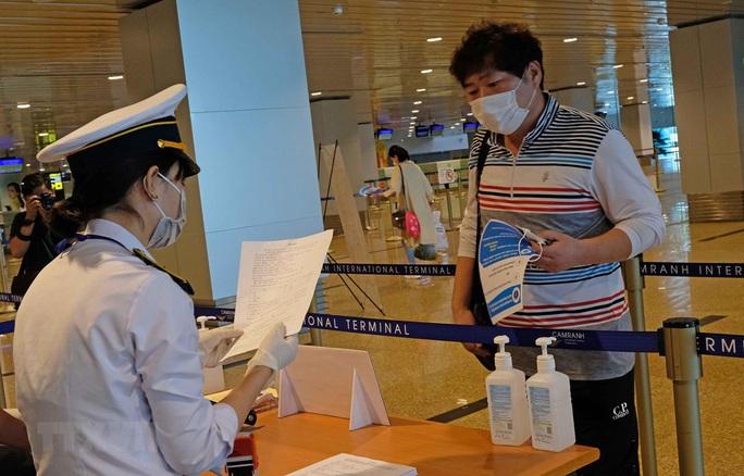 Thêm 2 quốc gia có hành khách nhập cảnh Việt Nam phải khai báo y tế - Ảnh 1.