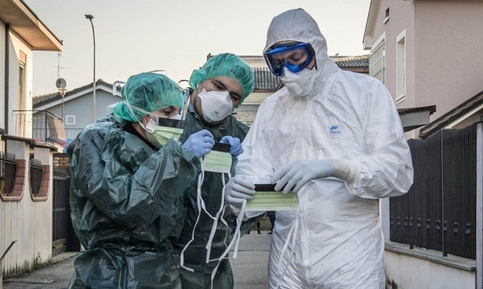 """Covid-19: Nguy cơ lây lan toàn cầu """"rất cao"""", ca nhiễm ở Ý, Hàn Quốc tăng kỷ lục - Ảnh 1."""