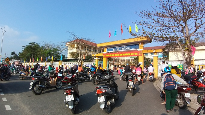 Quảng Nam, Huế, Quảng Trị cho nghỉ học tới 16-2 phòng dịch nCoV - Ảnh 1.