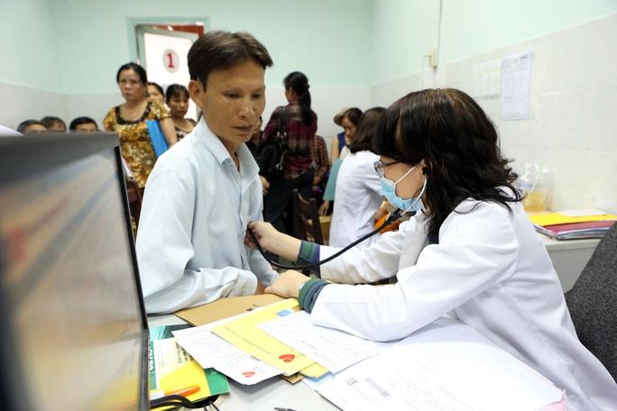 Bảo đảm chất lượng dịch vụ khám chữa bệnh BHYT - Ảnh 1.