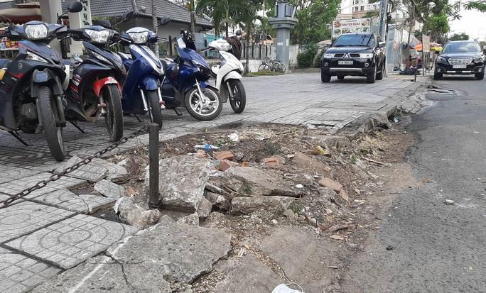 Thêm nhiều tình tiết vụ xe Mercedes gây tai nạn kinh hoàng gần sân bay Tân Sơn Nhất - Ảnh 2.