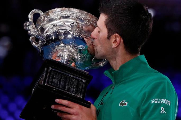 Djokovic nói gì khi giành Grand Slam thứ 17 trong sự nghiệp? - Ảnh 6.