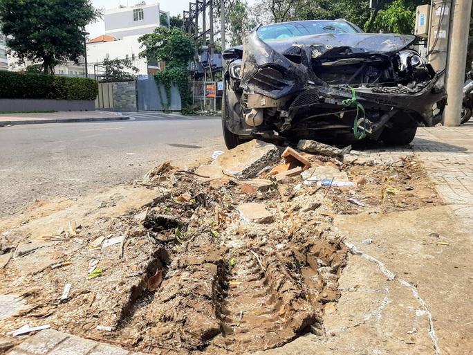 Lái xe Mercedes gây tai nạn kinh hoàng gần sân bay dương tính với ma tuý - Ảnh 3.