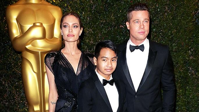 Brad Pitt nỗ lực làm lành với con trai nuôi? - Ảnh 2.
