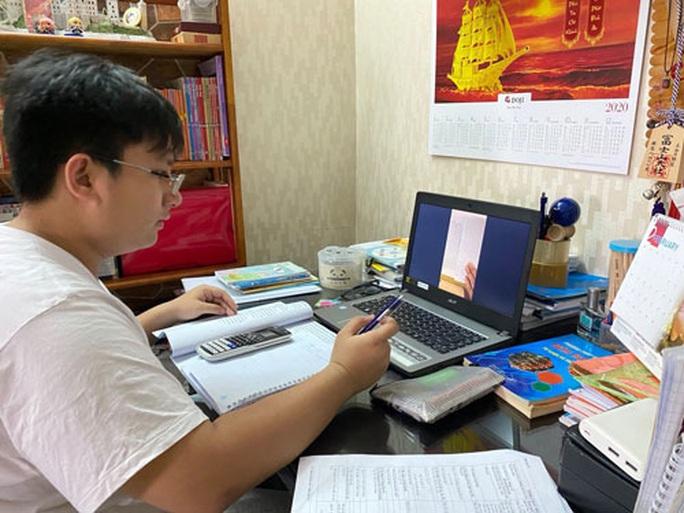 Dạy - học online cho kịp chương trình - Ảnh 1.