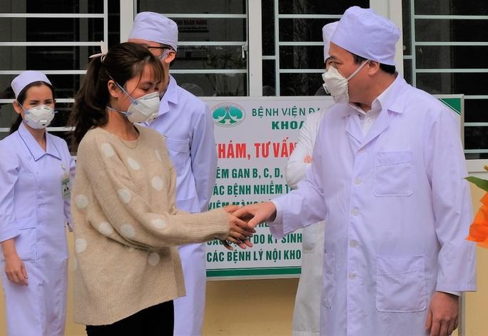 473 người Trung Quốc trở lại Thanh Hóa làm việc được giám sát chặt để phòng chống dịch virus corona - Ảnh 1.