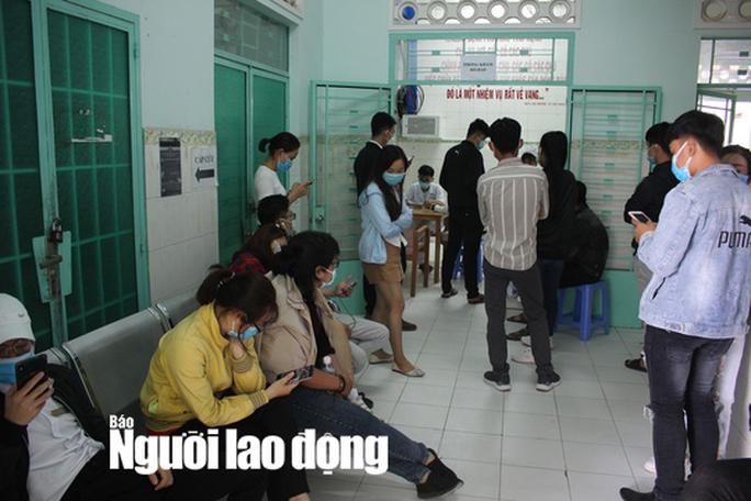 Cách ly 268 người tiếp xúc gần với 2 người Trung Quốc nhiễm virus corona du lịch ở Nha Trang - Ảnh 1.
