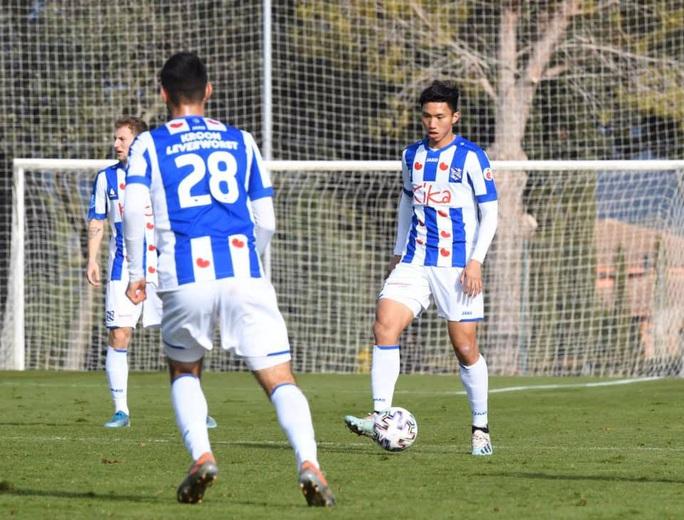 HLV Heerenveen tiếp tục giúp Đoàn Văn Hậu tỏa sáng trong trận đấu cho đội dự bị - Ảnh 2.