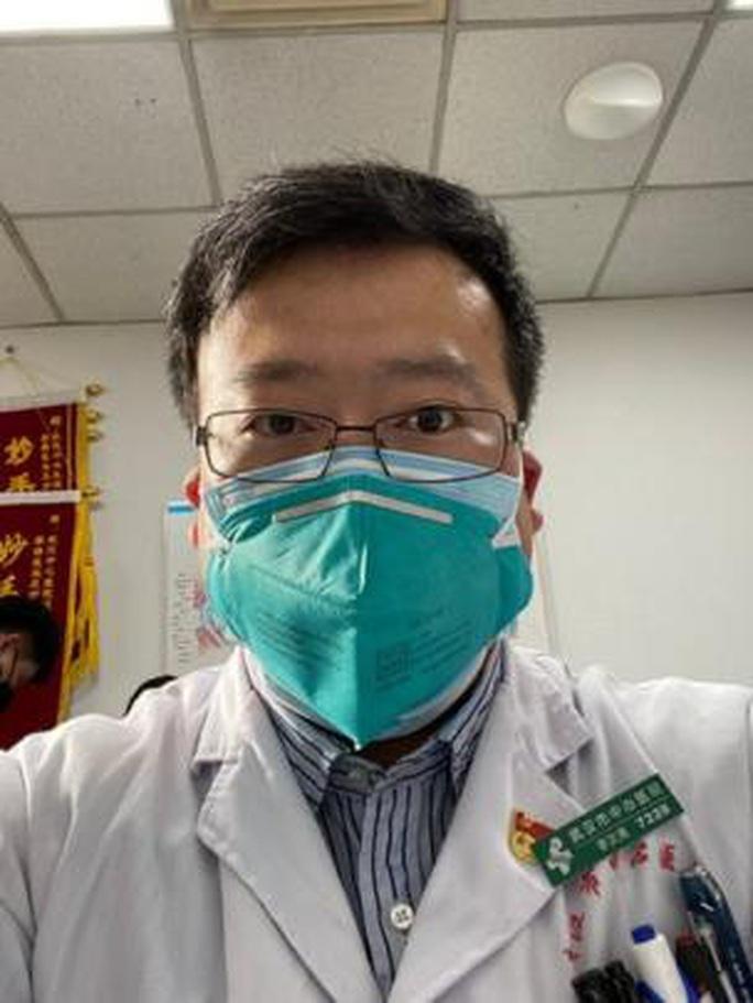 Trung Quốc: Bác sĩ cảnh báo sớm về virus corona mới đã qua đời - Ảnh 2.