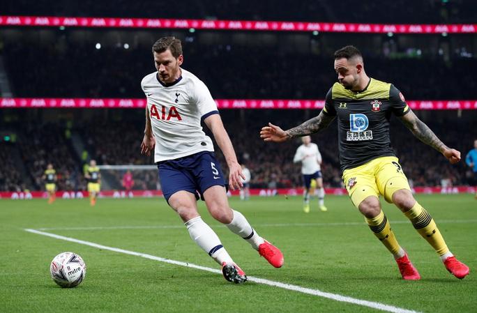 Rượt đuổi nghẹt thở sân nhà, Tottenham giành vé cuối FA Cup - Ảnh 2.