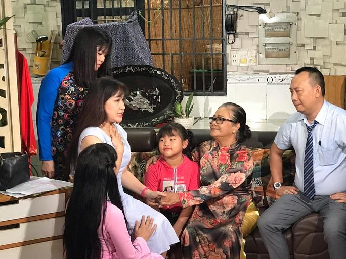 Nghệ sĩ Tú Trinh trở lại với phim truyền hình sau 10 năm - Ảnh 11.