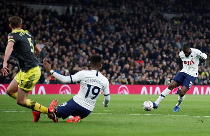 Rượt đuổi nghẹt thở sân nhà, Tottenham giành vé cuối FA Cup - Ảnh 3.
