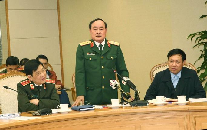 Quân đội tiếp nhận, cách ly giám sát sức khỏe 577 công dân từ vùng dịch về nước - Ảnh 1.