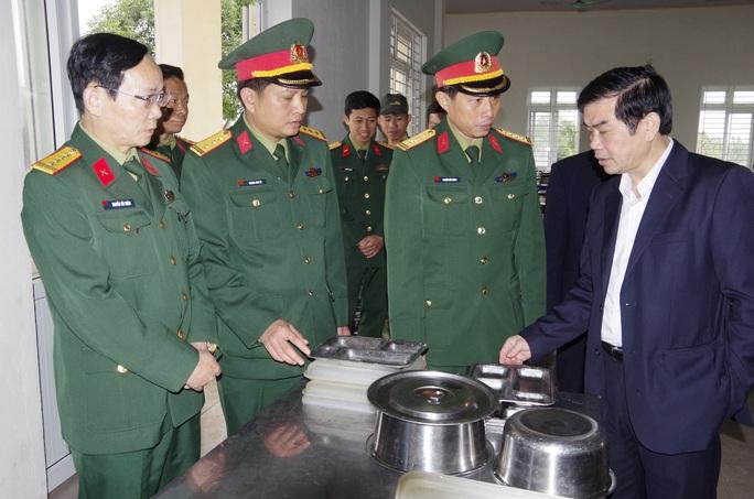 Cận cảnh nơi tiếp nhận 300 công dân trở về từ Trung Quốc tại Hà Tĩnh - Ảnh 5.