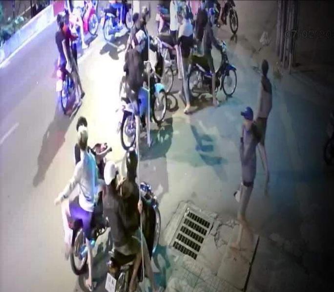 Ngăn chặn kịp thời nhóm thanh niên mang hung khí chuẩn bị làm loạn ở Đồng Nai - Ảnh 1.