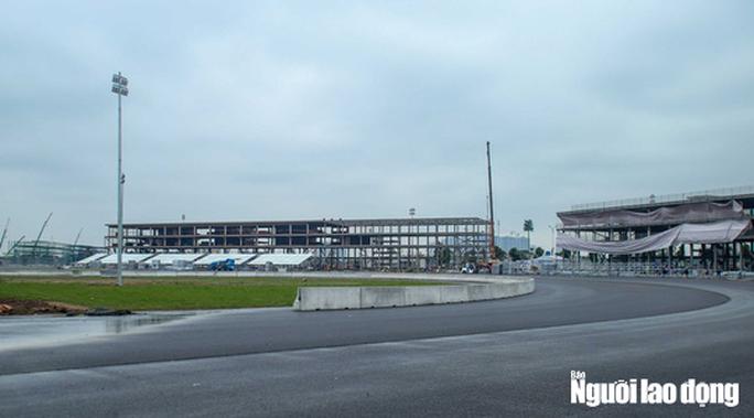 Toàn cảnh đường đua F1 Việt Nam đang trong quá trình hoàn thiện - Ảnh 14.