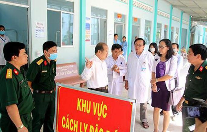 Đồng Tháp cách ly 11 người Trung Quốc đến từ vùng có mầm bệnh corona - Ảnh 1.