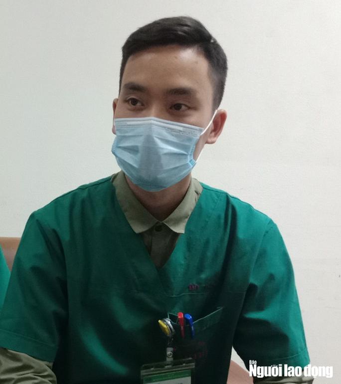 Vào tuyến đầu điều trị 4 bệnh nhân dương tính virus corona - Ảnh 14.