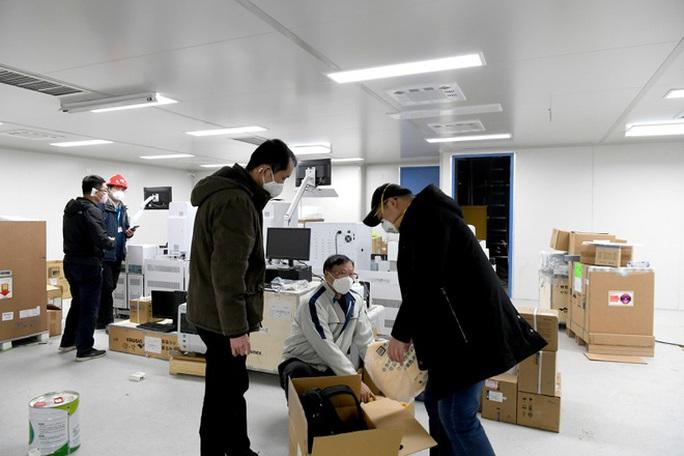 Bác sĩ Vũ Hán nhiễm bệnh tiết lộ điều quan trọng đánh bại virus corona - Ảnh 3.