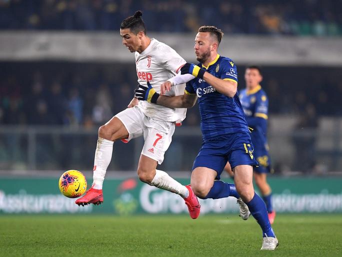 Ronaldo lập kỷ lục trong trận Juventus thua ngược - Ảnh 3.