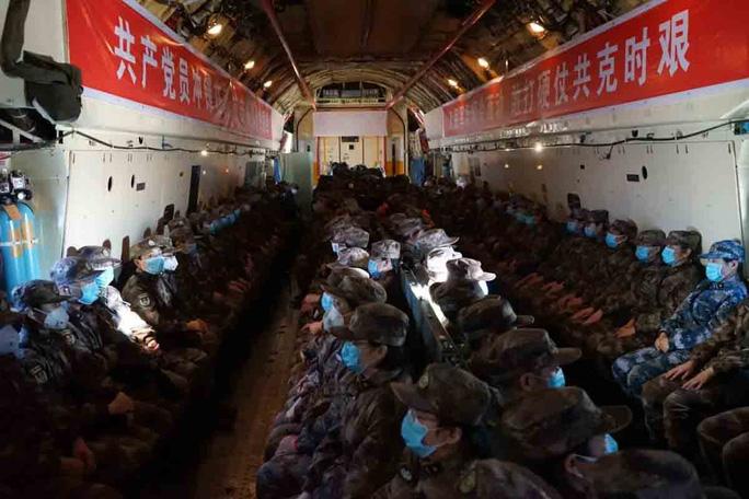 Virus corona: Phép thử cho quân đội Trung Quốc - Ảnh 1.