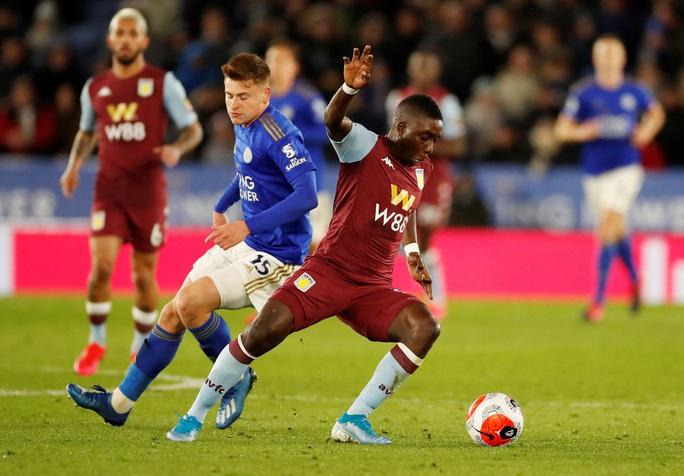 Sao 33 tuổi rực sáng, Leicester mở tiệc bàn thắng ở King Power - Ảnh 8.