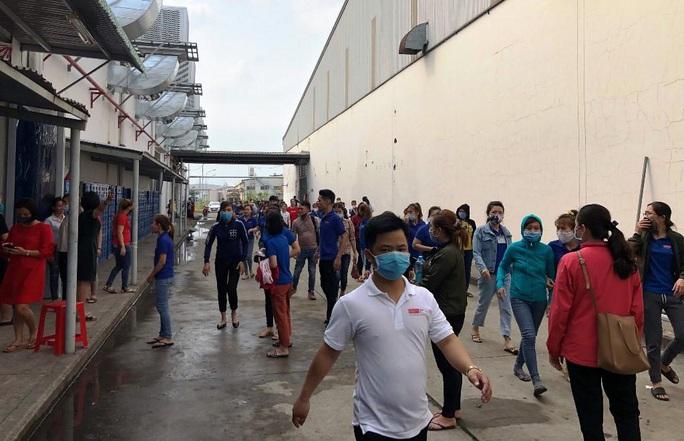 Đà Nẵng: Cháy xưởng may, hàng trăm công nhân bỏ chạy tán loạn - Ảnh 4.