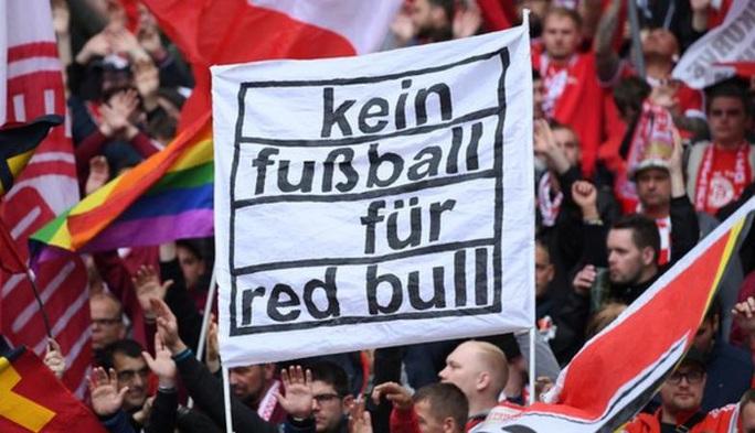 RB Leipzig: Chú bò đỏ Bundesliga khuynh đảo Champions League - Ảnh 2.