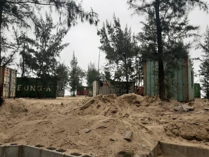 CLIP: Cận cảnh 130 nhà nghỉ bằng container xây dựng trái phép trong rừng phòng hộ - Ảnh 7.