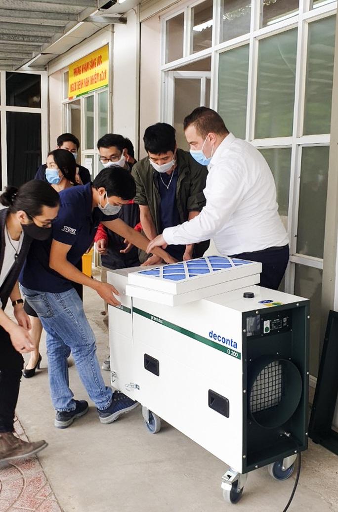 Hà Anh Tuấn tặng 3 phòng cách ly phòng chống dịch Covid-19 - Ảnh 1.