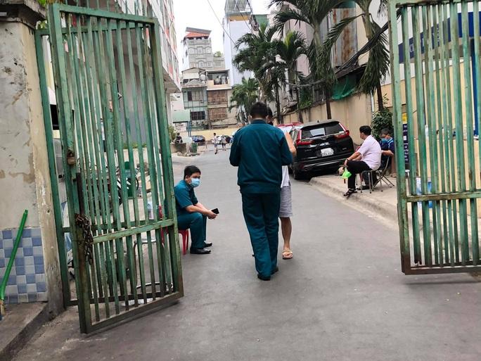 Xác định ca nhiễm Covid-19 thứ 48: Phong tỏa chung cư Hòa Bình ở TP HCM - Ảnh 11.