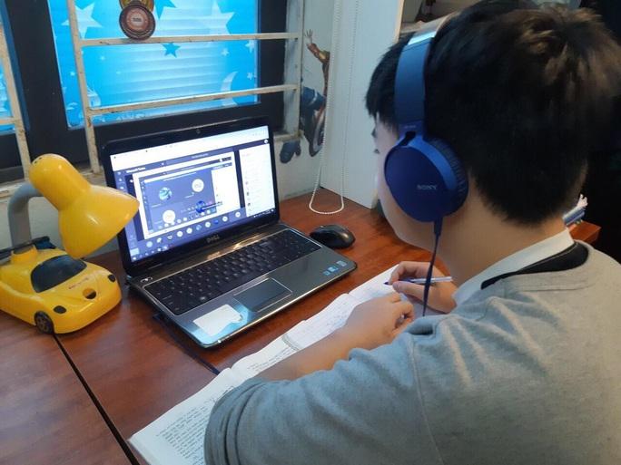 Bộ GD-ĐT công nhận kết quả dạy học từ xa, trực tuyến - Ảnh 1.